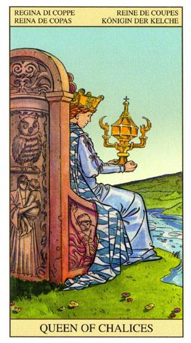 Королева Масть Кубков Таро Нью Вижн (Tarot of the New Vision)