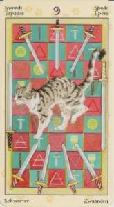 9 Масть Мечей Таро Языческих Кошек (Tarot of Pagan Cats)